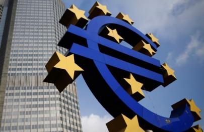 توصية أوروبية بوقف دفع رواتب موظفي السلطة بغزة