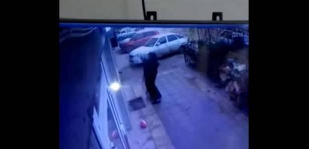 بالفيديو: مشهدٌ يحبس الأنفاس ..  التقاط طفلة تسقطُ من الطابق الخامس!