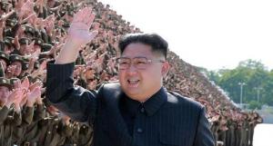 """بعد غضبه ..  زعيم كوريا الشمالية يصف قدرات طياريه بـ""""قوة لا تقهر"""""""