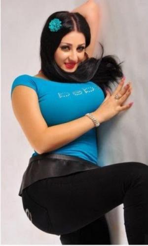حبس الراقصة صافيناز 6 أشهر وكفالة 10 آلاف جنيه بقضية إهانة علم مصر