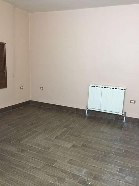 شقة للبيع في شارع عبدالله غوشة