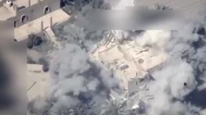 بالفيديو ..  لحظة قصف طائرات عراقية لمواقع في سوريا