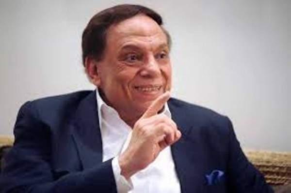 رامي عادل إمام يردّ على شائعة وفاة والده