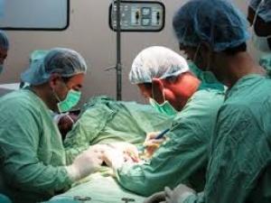 توجه لاعتماد موافقة الأم على التدخلات الجراحية والطبية للأبناء