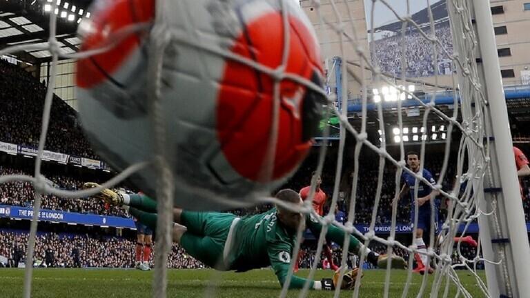 مطالب بحماية رواتب اللاعبين في الدوري الإنجليزي