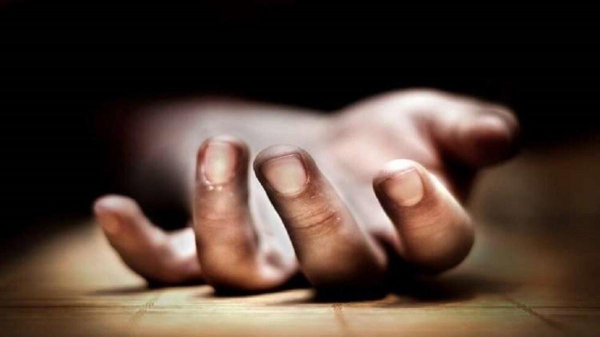 """مصري ينتحر قفزا من الطابق السادس بعد قراءته آيات قرآنية  ..  """"تفاصيل"""""""