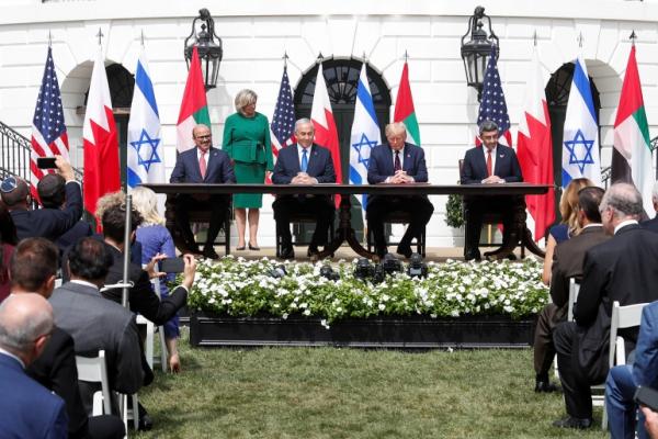توقيع اتفاق سلام بين الإمارات والبحرين وإسرائيل في البيت الأبيض