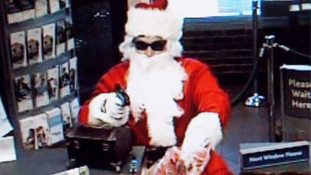 4 اشخاص بلباس بابا نويل  يسرقون المجوهرات بيوم عيد الميلاد