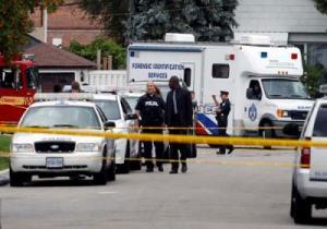 اعتقال رجل كندي لاتهامه بقتل ثلاثة أشخاص باستخدام سلاح القوس والسهم في تورونتو