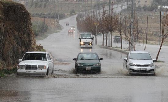 إدارة الأزمات تصدر 5 تحذيرات بخصوص الحالة الجوية السائدة