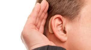 مناشدة لاهل الخير :شاب يعاني من ضعف السمع بحاجة الى سماعة طبية
