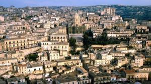 تعرف على مدينة الشوكولا السرية في إيطاليا