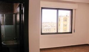 شقة 128 متر 3 غرف نوم مميزة نقدا او بالاقساط
