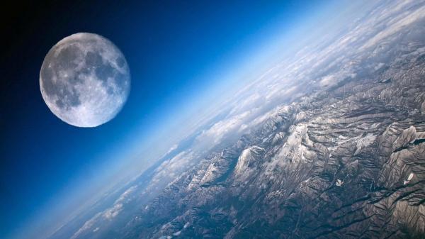 """قمر جديد للأرض أم """"خردة""""  ..  جسم غامض يثير حيرة علماء """"ناسا"""""""