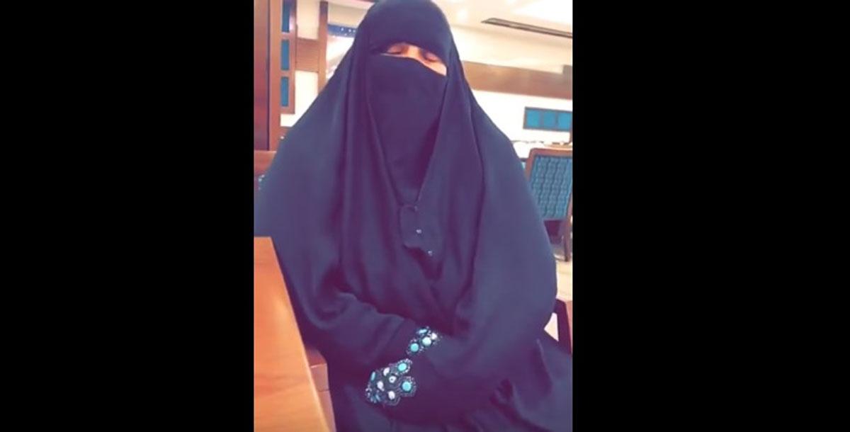 بالفيديو .. منع أم من رؤية ابنتها بعد فراق 26 عامًا