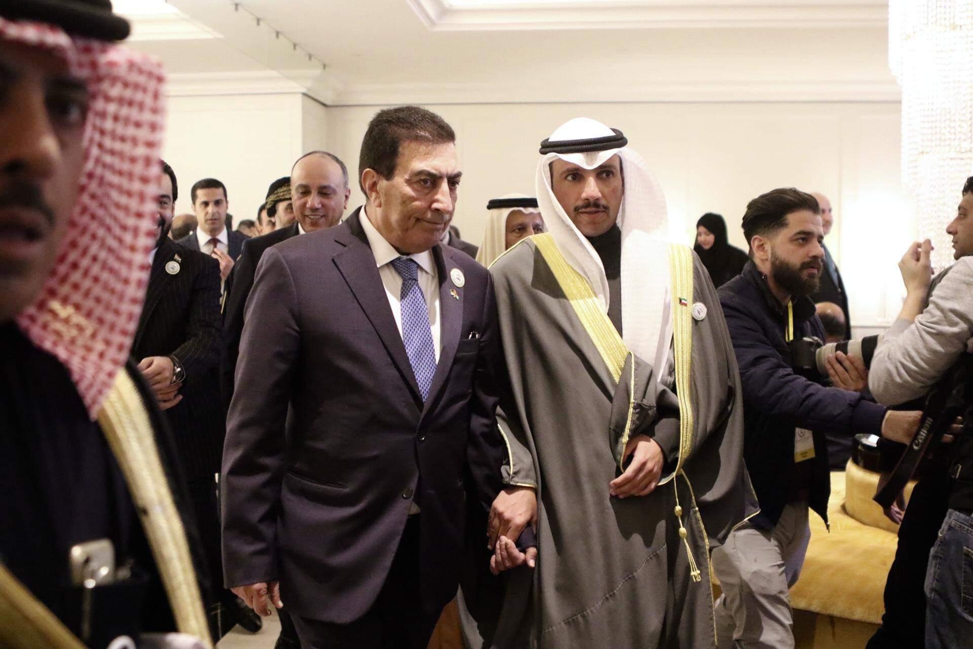 عقب اتصال بين الطراونة والغانم: برلمان الكويت يثمن مواقف الملك تجاه القضية الفلسطينية