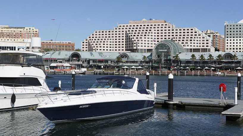 أبو ظبي تخطط لبيع فندقين في سيدني بنصف مليار دولار