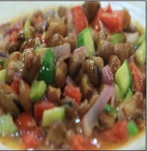 """""""صحن الفول"""" الطبق الرئيسي في سحور الأردنيين"""