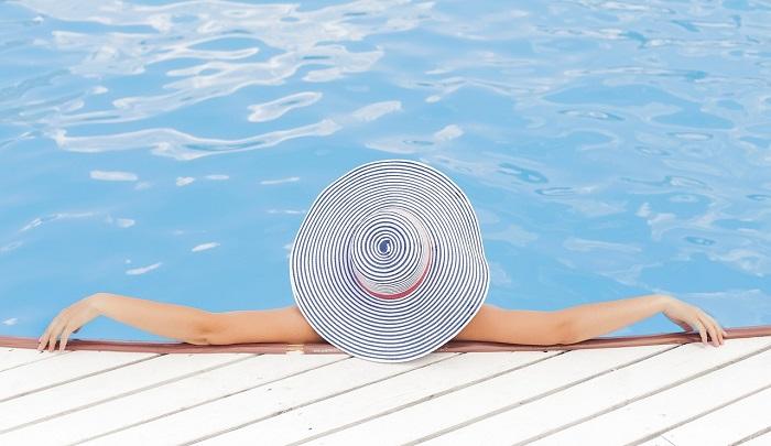 تفسير حلم السباحة فى المنام لابن سيرين