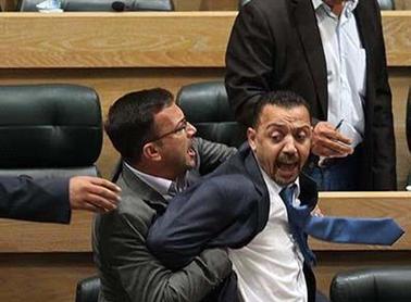 النواب: بحث الاكتفاء بما انقضى من عقوبة الدميسي