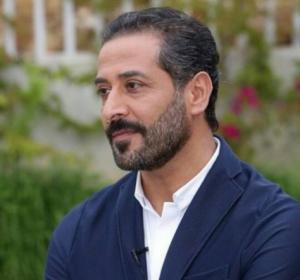 بالصور .. عبد المنعم عمايري على خلاف مع والده.. والسبب؟!