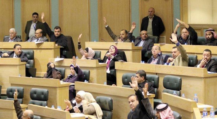 خبراء: المرأة الأردنية حققت مكانة لافتة في الحضور الانتخابي