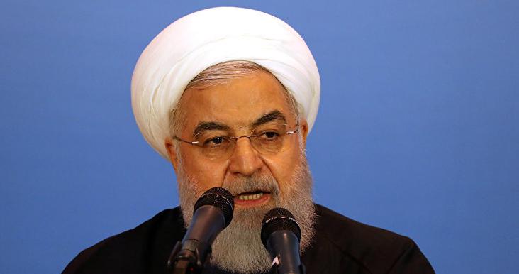 """الرئيس الإيراني يتّهم واشنطن بـ""""الكذب"""" بشأن عرض إجراء محادثات"""