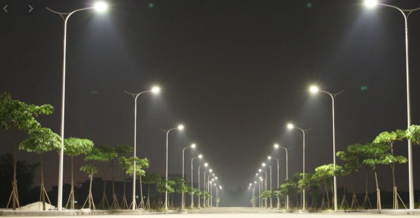 الحكومة تُعمم باستبدال إنارة شوارع البلديات بـ LED