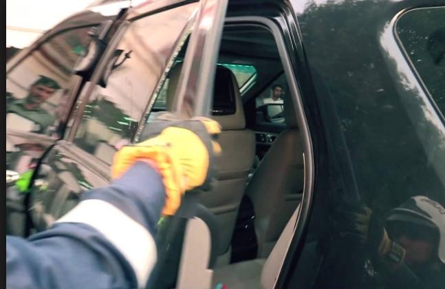 79 حادث ترك أطفال داخل مركبات بدبي منذ بداية العام