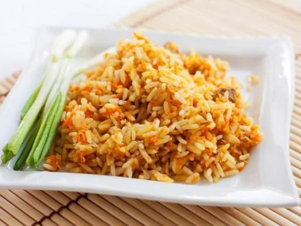 طبق الرز البسمتي الحارّ ..  مميز وشهي
