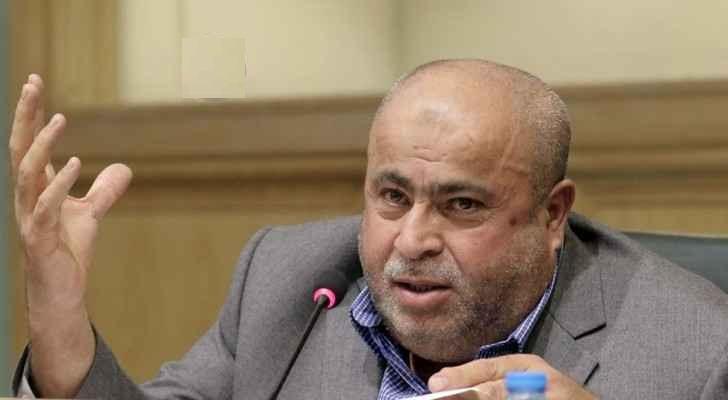 النائب عطيه يطالب الرزاز باصدار قرار يقضي بتخفيض الايجارات واعفاء المالكين من ضريبة المسقفات