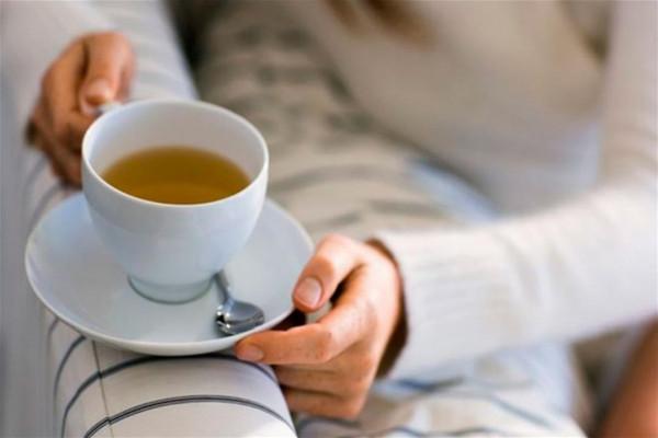 الشاي الأخضر للحامل ..  هل الإفراط فيه يسبب الإجهاض؟