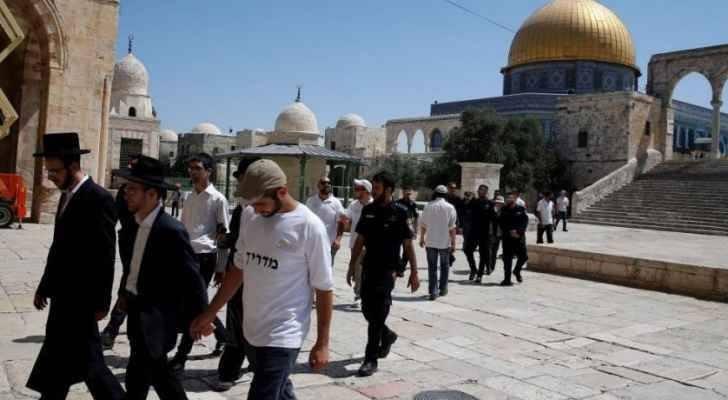 متطرفون يقتحمون الحرم الإبراهيمي تحت حراسة قوات الاحتلال