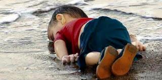 بالصور عمة الطفل الغارق في تركيا تروي تفاصيل المأساة