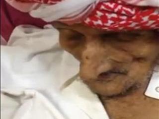 السعودية ..  معمّر في غيبوبة يصحو منها ليؤذن ثم يعود لحاله