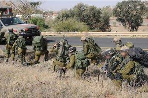 الاحتلال يزعم قتل 4 اشخاص حاولوا زرع عبوة ناسفة قرب الحدود السورية الفلسطينية
