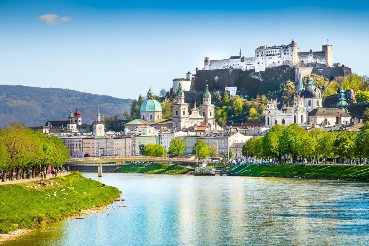 سالزبورغ وإنسبروك ..  مدينتان تعيش فيهما الحياة بكلّ ألوانها!