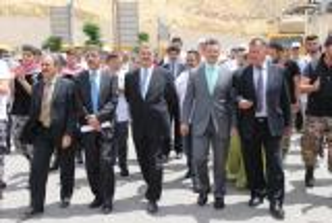 بالصور.. احتفالات جامعة عمان العربية بذكرى استقلال المملكة