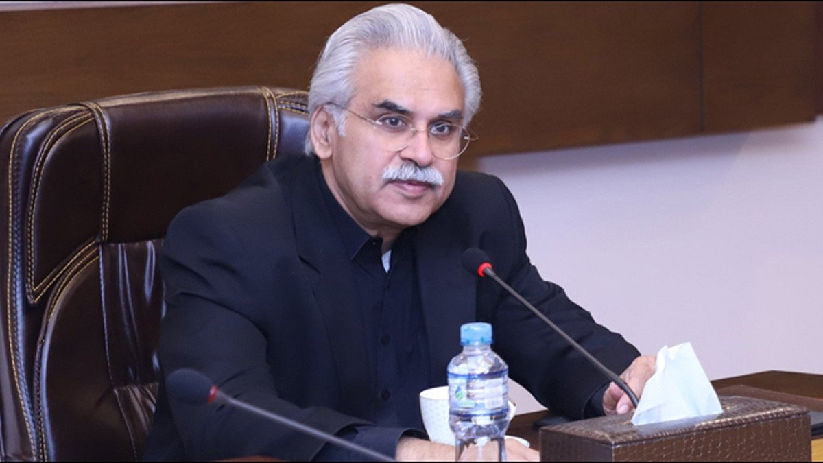 وزير الصحة الباكستاني يعلن إصابته بفيروس كورونا