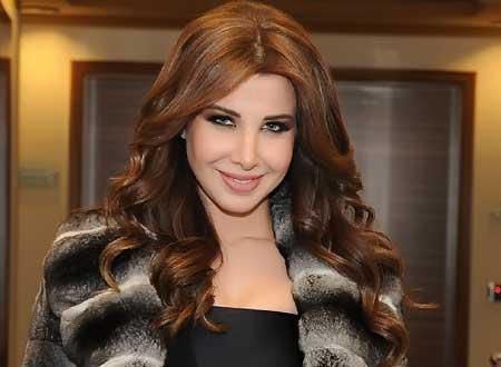 احدث صورة النجمة اللبنانية نانسي عجرم تحتفل بأحد معجبيها 2014 ، احدث صور نانسى عجرم image.php?token=aa0318c69b1657a33100900051b64df9&size=