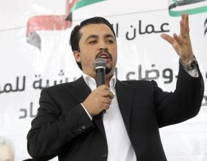 النائب العزوني: منحت الثقة للرزاز  من اجل حل عادل لقضية مخيم المحطة