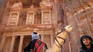 الفرجات: القطاع السياحي في المثلث الذهبي بدأ بالتعافي