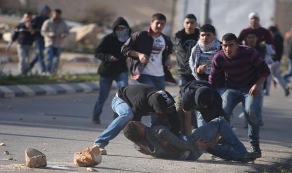 عشرات الإصابات بمواجهات مع الاحتلال على حدود غزة