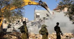 الاحتلال يخطر بوقف البناء في 7 مساكن وهدم خيمتين جنوب الخليل