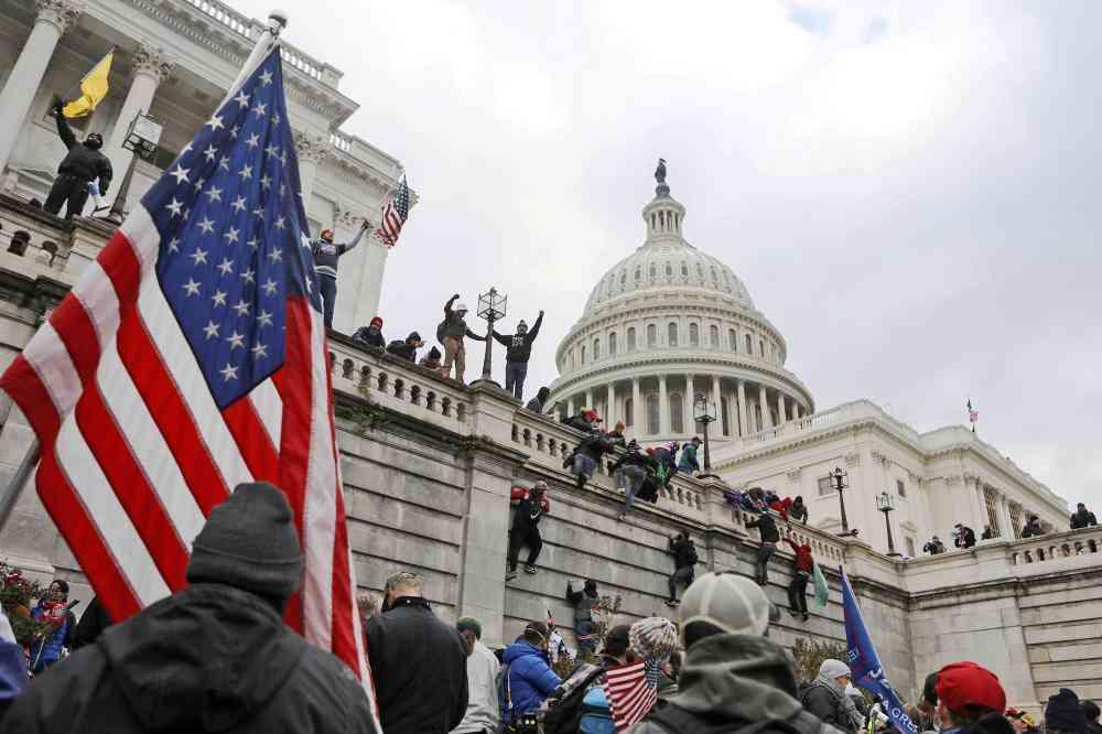 الادعاء الأمريكي يكشف تفاصيل مخيفة عن اقتحام الكونغرس