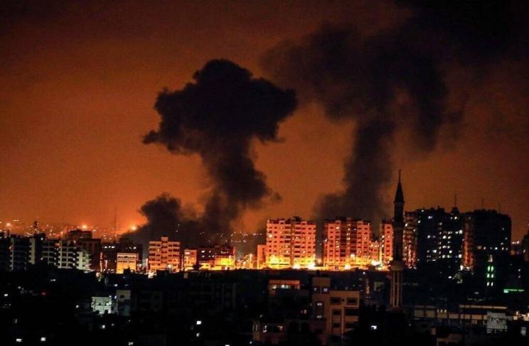 شهيدان واصابات في قصف إسرائيلي عنيف على قطاع غزة