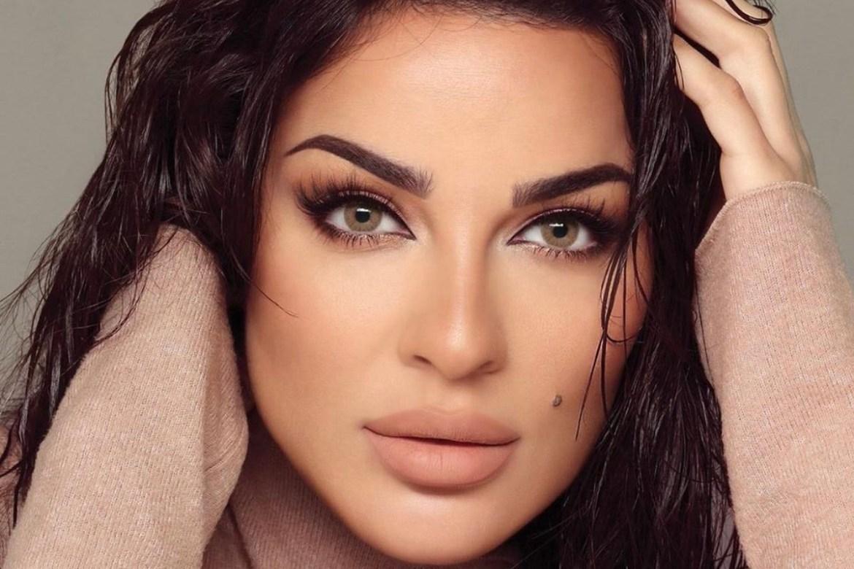 """شاهد: نادين نجيم تلفت الأنظار برقصها العفوي على طريقة حياة في """"2020"""""""