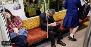 دراسة: النوم في الأماكن العامة دليل على الذكاء والعمل الجاد