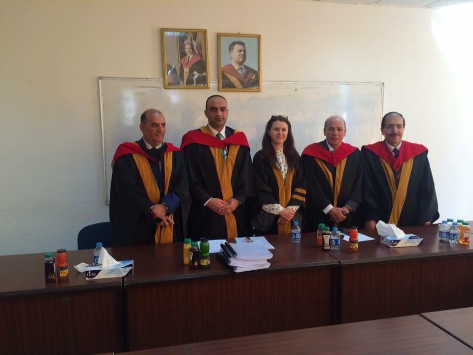 الدكتور نزار قبيلات نائب العميد في  كلية الآداب في الجامعة الاردنية