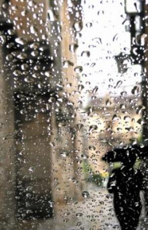 الدلالات النفسية لرؤية المطر في الحلم